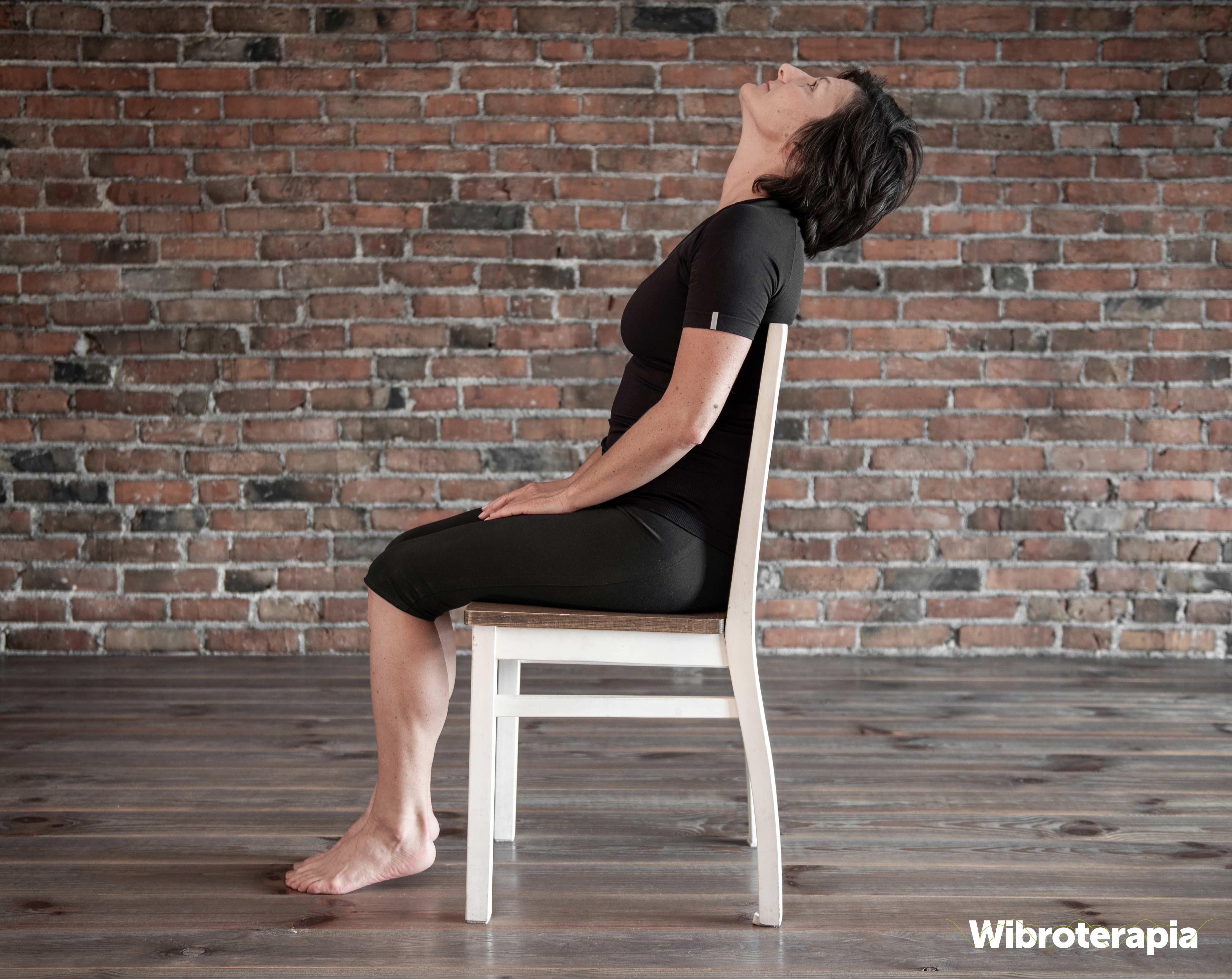 Ćwiczenia na ból szyi i karku - odciąganie głowy w tył