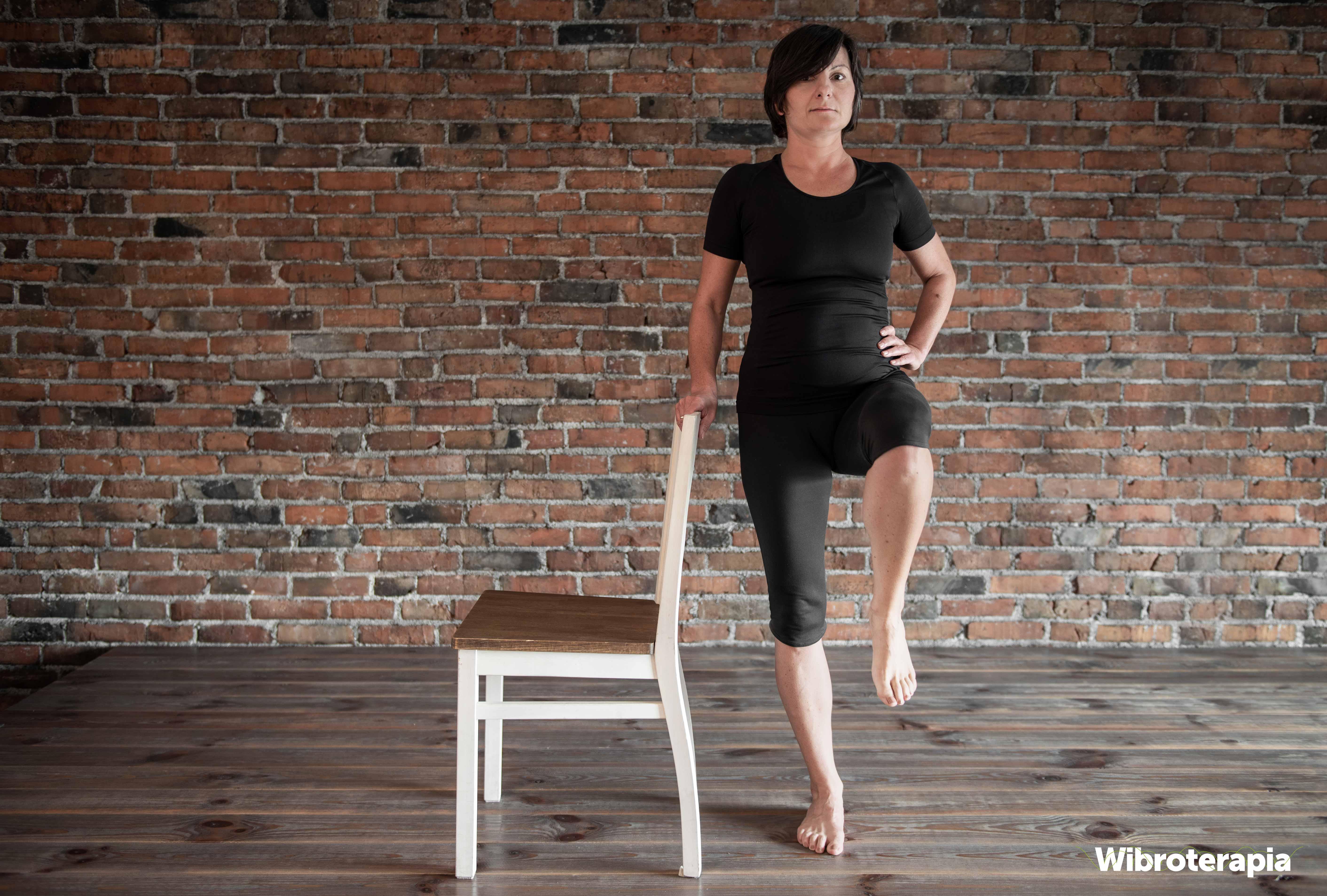 Ćwiczenia na ból biodra - podnoszenie nogi
