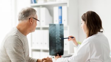 Promieniujący ból kręgosłupa